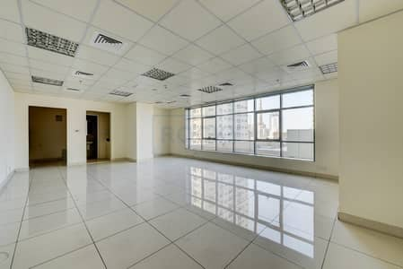 Office for Rent in Al Nahda, Sharjah - Spacious 630 Sq.Ft Office| Central A/C | Sharjah
