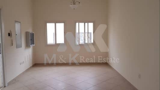 2 Bedroom Villa for Rent in Deira, Dubai - Convenient 2 plus study villa in Abu Hail