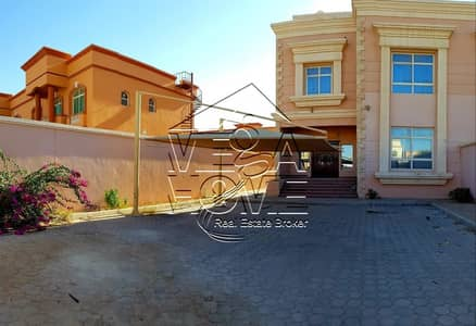 6 Bedroom Villa for Rent in Khalifa City A, Abu Dhabi - Spacious 6 Bed Villa with Private Entr and Back Yard