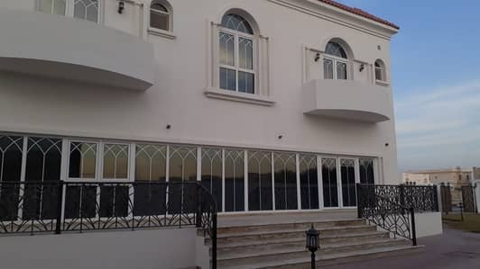 6 Bedroom Villa for Sale in Al Noaf, Sharjah - 6 Bed Villa For Sale