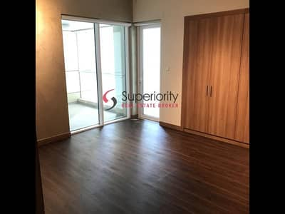 1 Bedroom Flat for Rent in Dubai Marina, Dubai - Best Price|Large Upgraded Wooden Floor|1BR w/ Storage Kitchen Equip