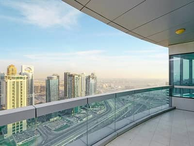 4 Bedroom Flat for Rent in Dubai Marina, Dubai - Deal of the Day|Luxurious 4BR+Maid's Room|Sea and Marina View