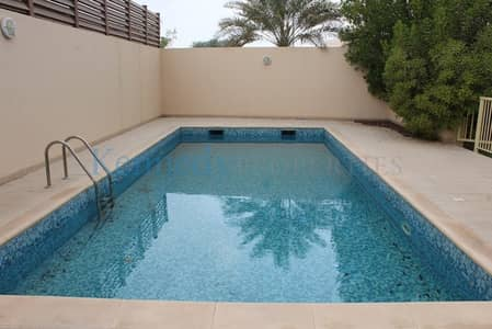 5 Bedroom Villa for Rent in Khalifa City A, Abu Dhabi - Great Villa inside and out 5 Bedroom with Pool
