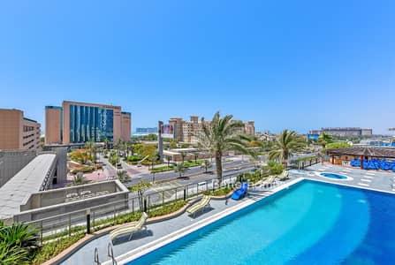 3 Bedroom Apartment for Sale in Dubai Marina, Dubai - Low Floor | Ocean and Pool View | Luxury Unit
