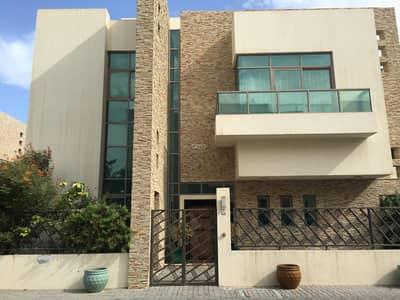 6 Bedroom Villa for Rent in Between Two Bridges (Bain Al Jessrain), Abu Dhabi - Modern 6BR Villa with Pool and Garden