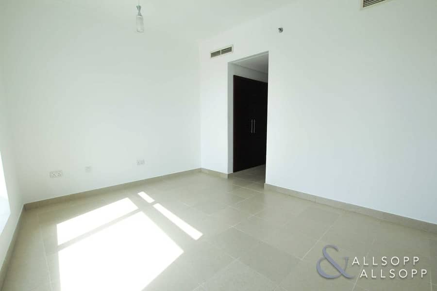 2 2 Bed | Burj Khalifa View | 2.5 Bathrooms