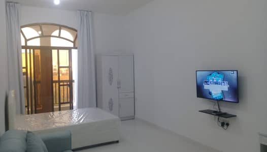 Studio for Rent in Al Maqtaa, Abu Dhabi - AMAZING HUGE FULLY FURNISHED STUDIO FOR RENT AT BAIN AL JISRAIN NEAR FAB BANK WITH PRIVATE PARKING