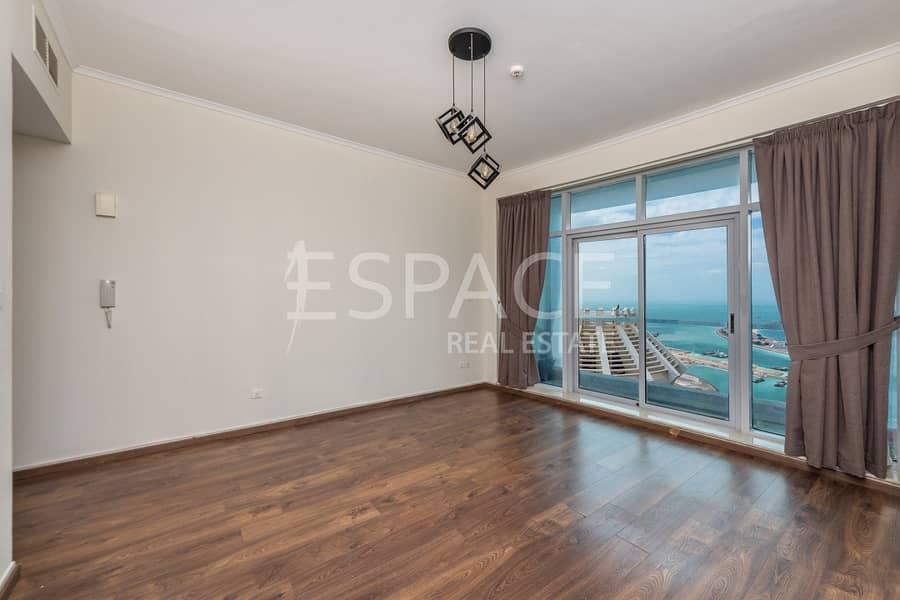 2 Immaculate 1 Bedroom Apartment in Marina