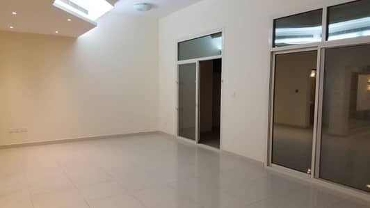 4 Bedroom Villa for Rent in Mohammed Bin Zayed City, Abu Dhabi - 4 BEDROOMS VILLA WITH MAID AND SWIMMING POOL AT MBZ CITY