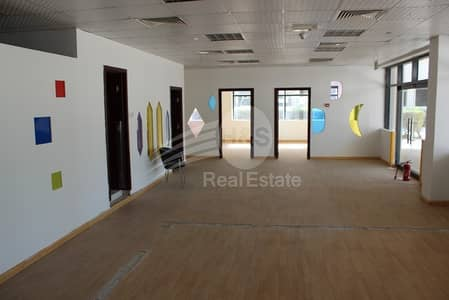 Shop for Rent in Jumeirah Lake Towers (JLT), Dubai - Retail Space for Rent | Open Your Business