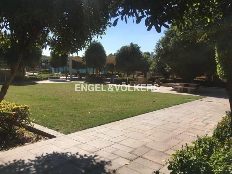 Type C Villa |Close to Pool |Single Row
