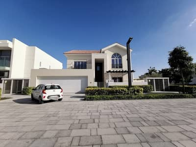 4 Bedroom Villa for Sale in Nad Al Sheba, Dubai - PAY 300 k , OWN READY VILLA AND PAY ON 15 YEARS POST HAND OVER.