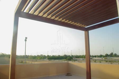4 Bedroom Villa for Rent in Al Raha Golf Gardens, Abu Dhabi - Family home! 4BR Villa now vacant !