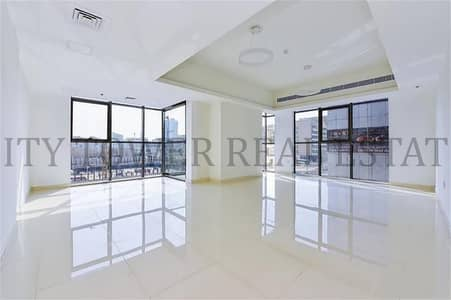 brand new bldg 13.5 months near moe no commission no deposit!!!