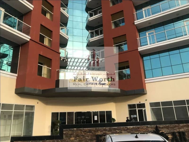 2 1 Bedroom with Full Facilities Building