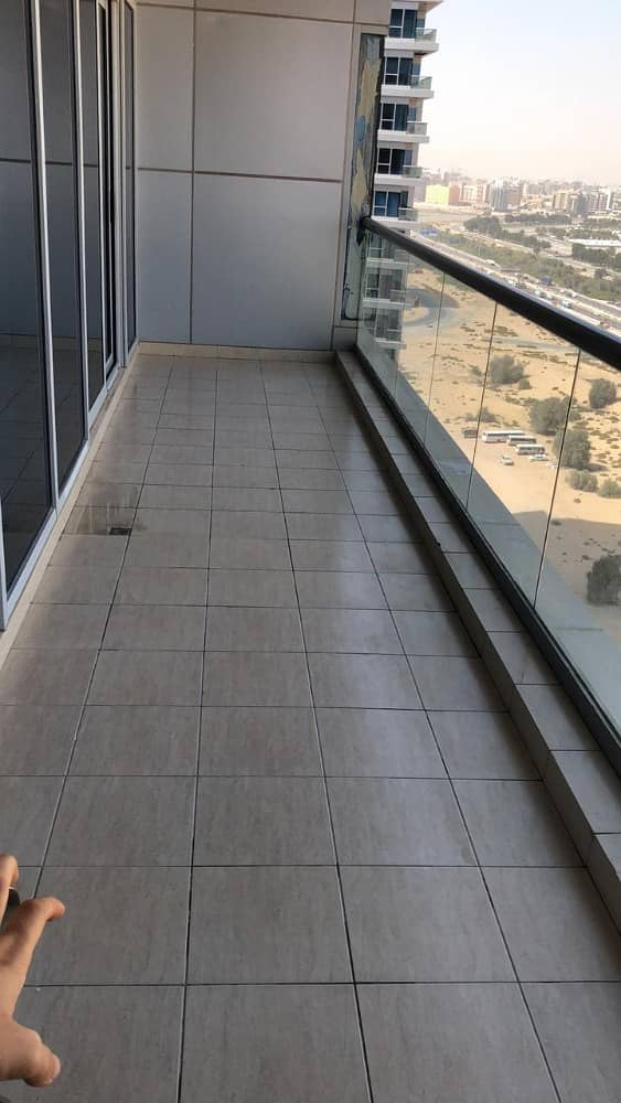 Large 2 BED   Al Ain Rd View   For Sale   in Sky Court   700K