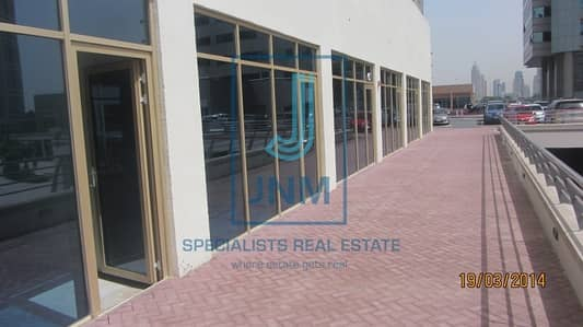 Shop for Rent in Jumeirah Lake Towers (JLT), Dubai - fitted * lake view *great price*close metro