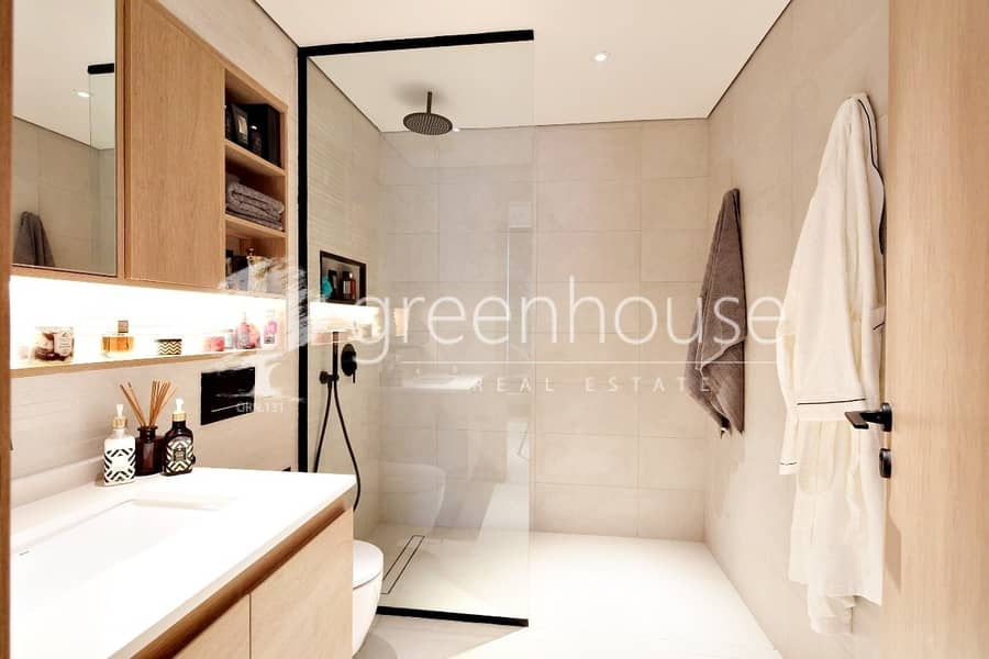 10 Luxury Affordable Contemporary 3 BR Pool View Apartment