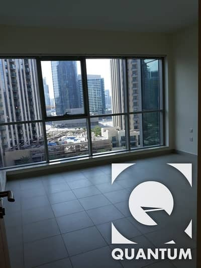 1 Bedroom Flat for Rent in Downtown Dubai, Dubai - Mid floor unfurnished 1BR with Burj view