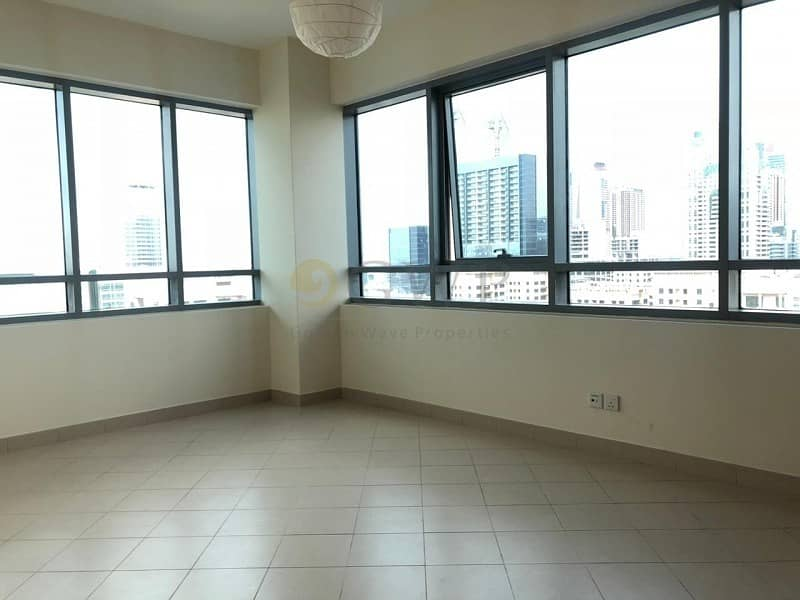 2 Chiller Free|High Floor|Ready to move in
