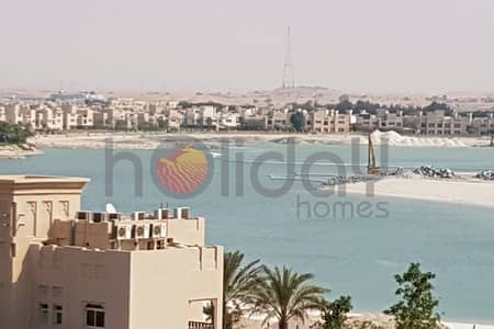 2 Bedroom Flat for Rent in Al Hamra Village, Ras Al Khaimah - For rent 2 bedroom furnished marina flat with lateral seaview