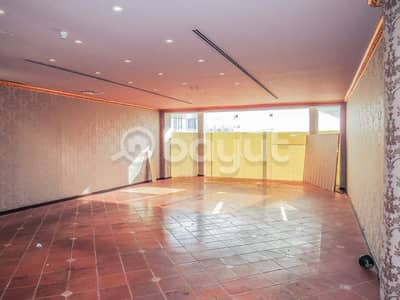 Shop for Rent in Jumeirah, Dubai - Shop @Dhs. 163K Rent P. A. |946 sq. ft.
