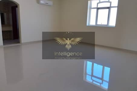 3 Bedroom Villa for Rent in Mohammed Bin Zayed City, Abu Dhabi - Spacious 3br + Storage room, MBZ Zone 25