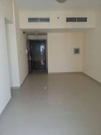 للبيع غرفتين وصالة مساحة 1312 قدم فقط 290 الف