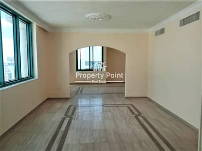 3 Bedroom Flat for Rent in Al Nasr Street, Abu Dhabi - Very Nice 3 Bedroom /w Maids Room Apartment In Al Nasr Street