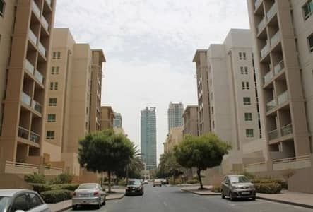 2 Bedroom Apartment for Sale in The Greens, Dubai - beautiful 2 br with study apts for sale