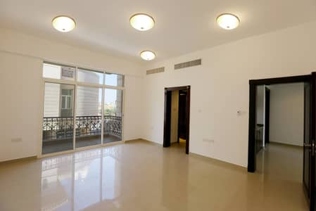 4 Bedroom Villa for Rent in Mohammed Bin Zayed City, Abu Dhabi - Luxurious  4 BR Duplex Villa! Free Water and Electricity
