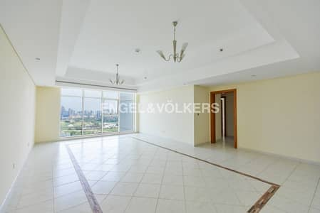 2 Bedroom Flat for Sale in Jumeirah Lake Towers (JLT), Dubai - Vacant Golf Course & SZR View High Floor