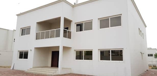 فیلا  للايجار في براشي، الشارقة - فیلا في براشي 5 غرف 120000 درهم - 3834468