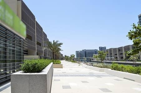 4 Bedroom Townhouse for Sale in Al Raha Beach, Abu Dhabi - Elegant type B Townhouse in Al Muneera with study