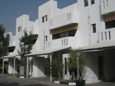 4 Bedroom Villa for Rent in Al Mushrif, Abu Dhabi - Newly Renovated villa with beautiful garden