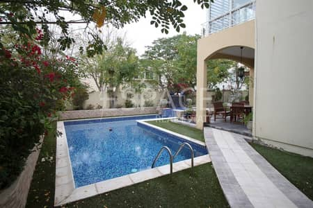 3 Bedroom Villa for Rent in The Meadows, Dubai - Private Pool - Extrended - Fully Upgraded