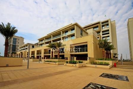 5 Bedroom Villa for Rent in Al Raha Beach, Abu Dhabi - 4 Cheques - 5BR Sky Villa  No Agency Fee