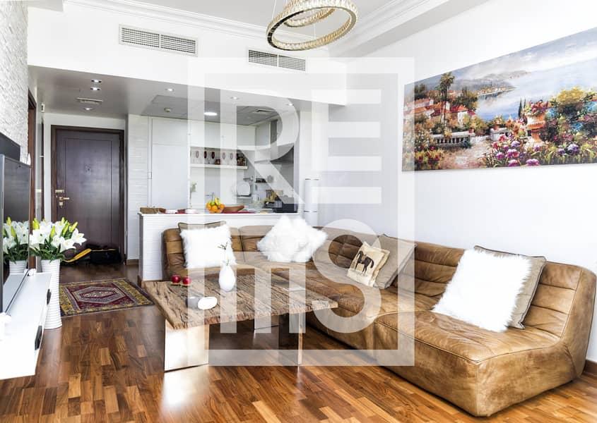 Fantastic fully furnished 1BR for Sale