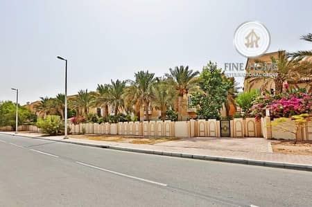 4 Bedroom Villa for Sale in Al Mushrif, Abu Dhabi - Amazing Deal Villa in Al Mushrif Gardens