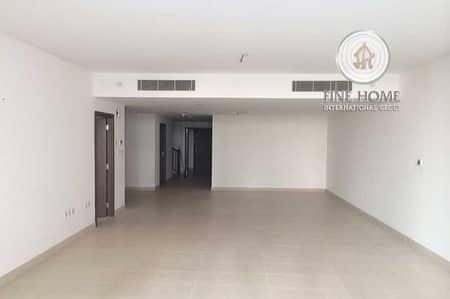3 Bedroom Villa for Sale in Al Raha Beach, Abu Dhabi - Amazing 3BR. Villa in Al Zeina