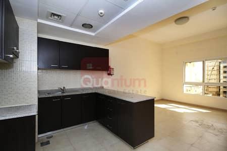 Studio for Rent in Remraam, Dubai - Exclusive! Beautiful Big Studio L Shape!