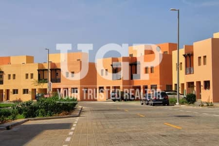 2 Bedroom Villa for Rent in Hydra Village, Abu Dhabi - Huge Layout 2BR | Prime Loc. | For Rent!