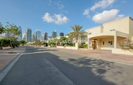 3 Bedroom Villa for Rent in The Meadows, Dubai - Type 5 upgraded 3 BR villa   Move in now