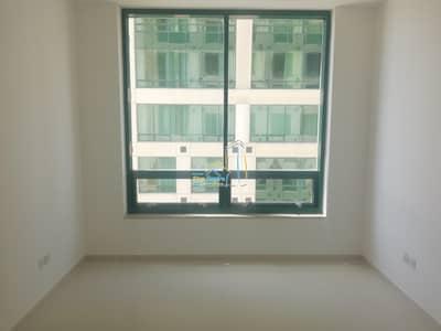 2 Bedroom Flat for Rent in Hamdan Street, Abu Dhabi - Spacious two Bed Room with Parking on Hamdan Street