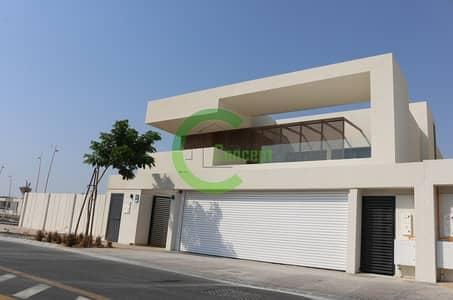 5 Bedroom Villa for Rent in Yas Island, Abu Dhabi - Sea View Single Row 5BR Villa In WestYas