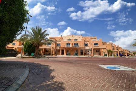 4 Bedroom Villa for Rent in Al Reef, Abu Dhabi - Homey and Spacious Villa for Lease!Call us