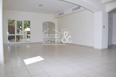 4 Bedroom Villa for Rent in The Meadows, Dubai - Type 2 | Multi Cheques | Very Good Condition