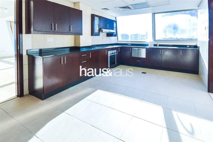 10 Full Floor | Full Marina View |Penthouse