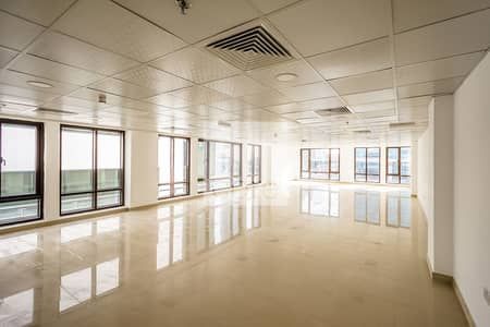 Office for Rent in Sheikh Zayed Road, Dubai - Full Floor Unit | Fully Fitted | Low Floor
