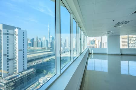 طابق تجاري  للايجار في الخليج التجاري، دبي - Prime Location | Half Floor Unit | Vacant